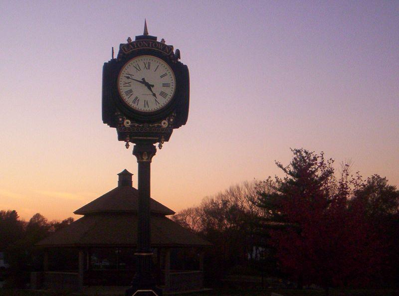 Clock-1402178-1919x1424